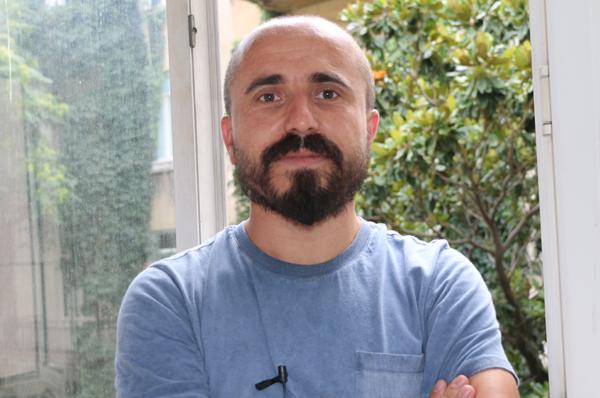 Sezgin Kartal, Alevi hareketinin yaşadığı üç temel sorununu yazdı